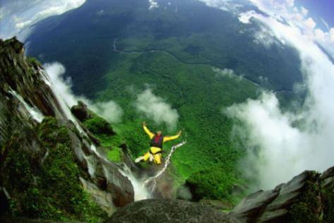basejumping Angel Falls