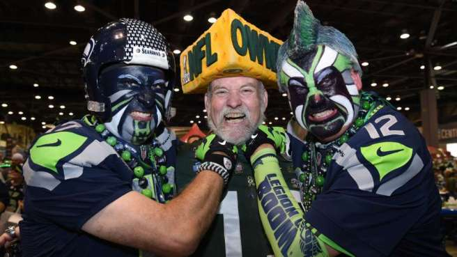 Cheeshead flanked by 12th man Legion of Boom