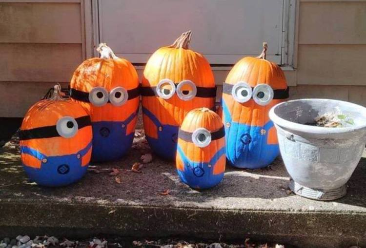 Doorstep Pumpkin Challenge! | Memee's Musings