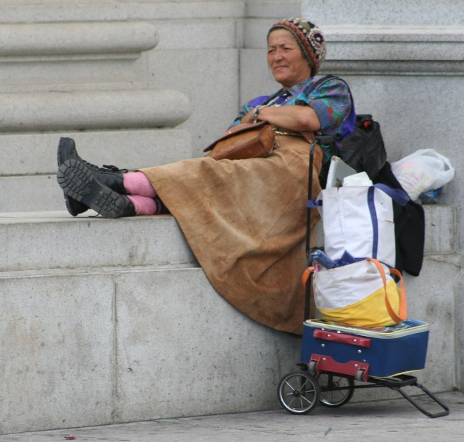 Homeless_woman_in_Washington,_D.C.