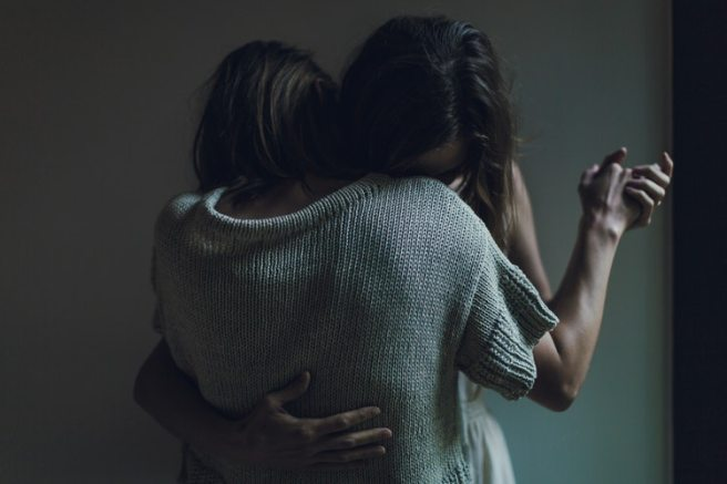 10 Ways to Reach Out When You're Struggling With Your Mental Illness